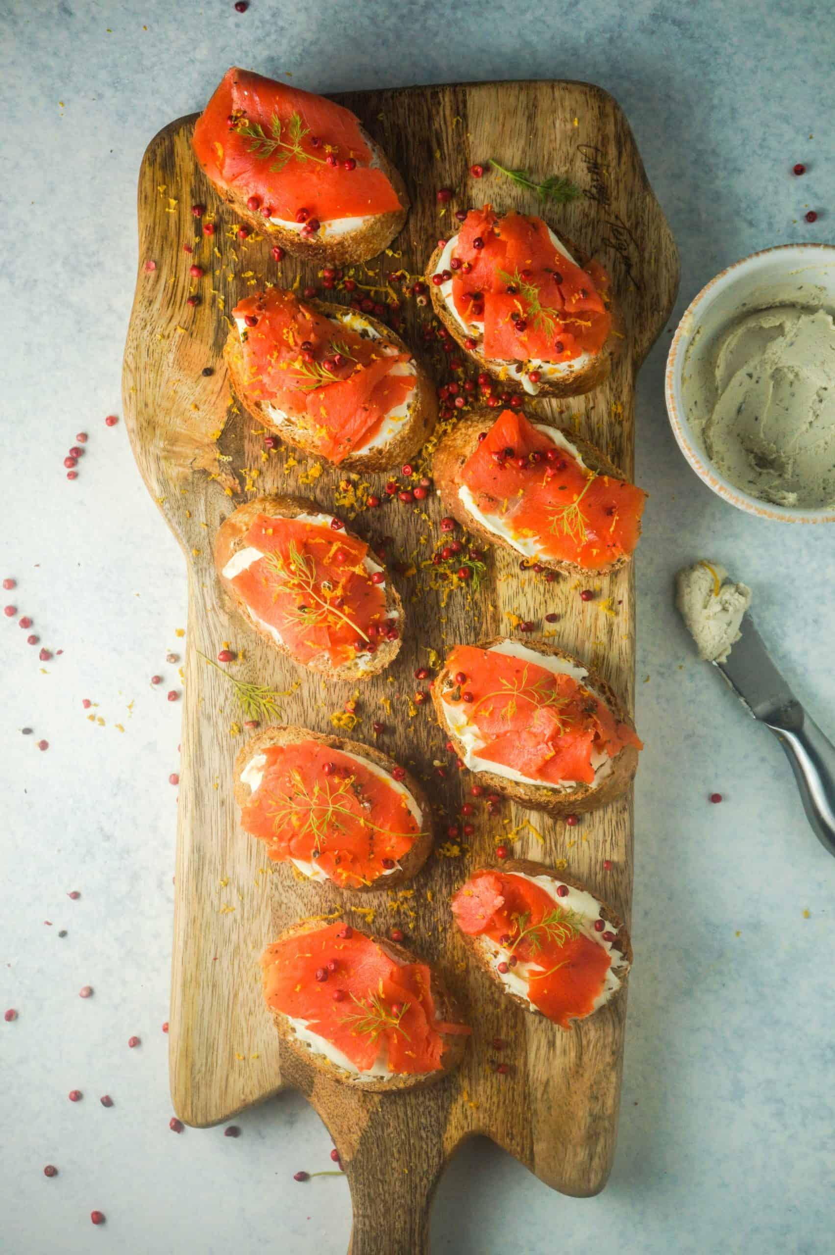 salmon on crostini with mascarpone cream cheese mixture
